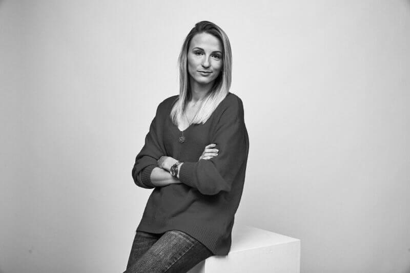 Simona Lucatniece - Kopf der Plattform